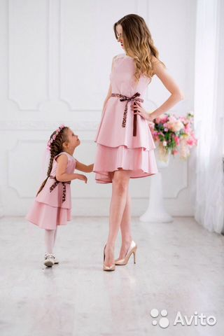 Платья в стиле фэмили лук