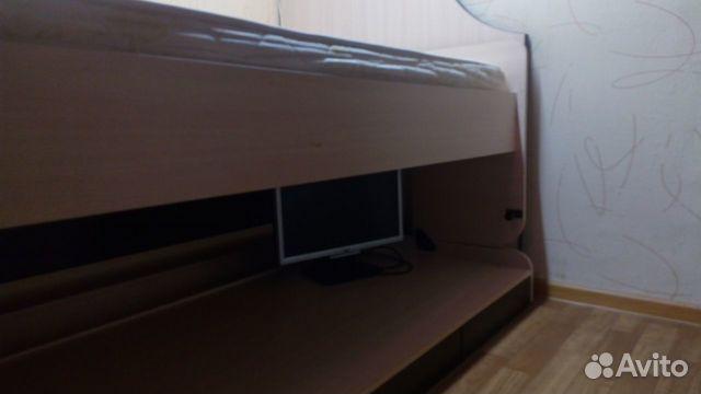 Двухъярусная кровать-стол
