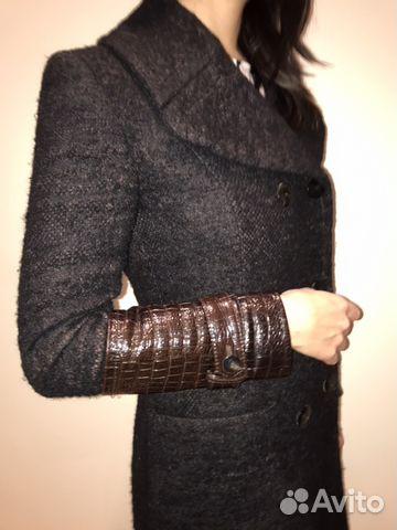 d445497eadb Брендовое пальто Blumarine купить в Санкт-Петербурге на Avito ...