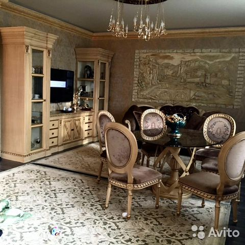 Продается трехкомнатная квартира за 18 000 000 рублей. Краснодарский край, г Геленджик, ул Ленина, д 23.