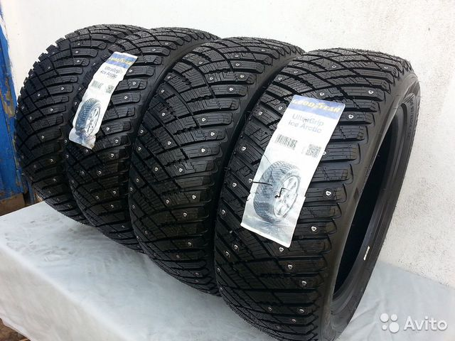 245/45R19 Goodyear Ultra Grip Ice Arctic XL шип— фотография №1