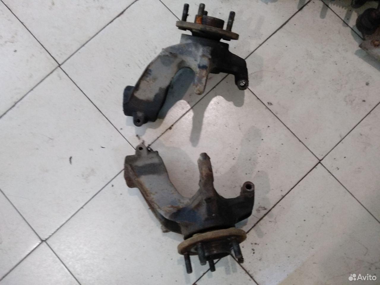 Кулак поворотный левый и правый Focus III  89185070564 купить 3